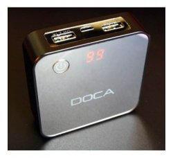 מטען נייד קטן וקומפקטי עם צג דיגיטלי 5600MAH
