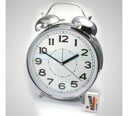 שעון רטרו ענק
